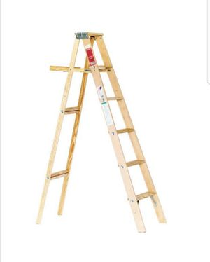 6ft Wooden Ladder for Sale in Snellville, GA