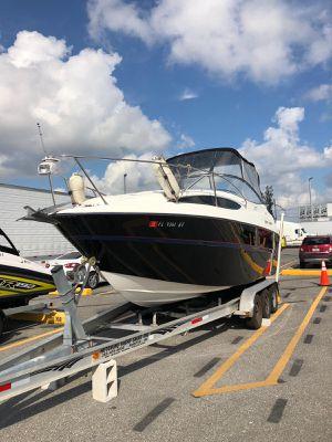 Boat Bayliner cierra 245 año 2005 for Sale in Fort Lauderdale, FL