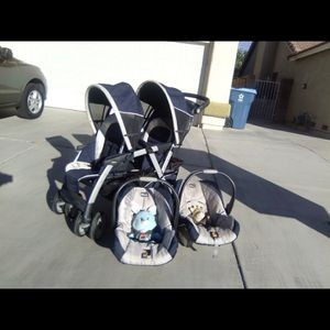 Chicco Twin Stroller In Great Condition and Super Clean! for Sale in Henderson, NV