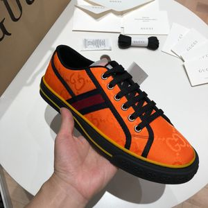 Gucci low top sneakers 2020 for Sale in New York, NY