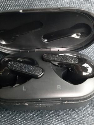 Bluetooth wireless earbuds for Sale in Indianapolis, IN