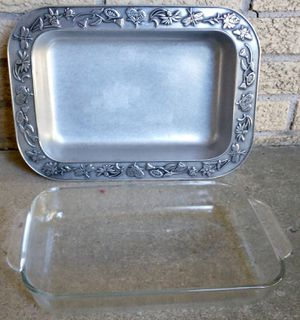 Wilton Armetale serving platter and Pyrex glass insert for Sale in Livonia, MI