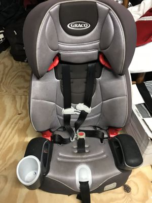 Graco car seat booster for Sale in Virginia Beach, VA