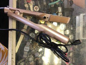 Hair straightener/curler for Sale in Midland, TX