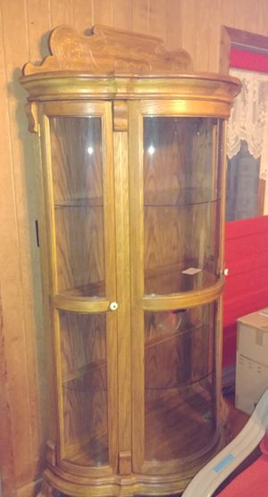Beautiful Large Curio Cabinet for Sale in Henry, IL