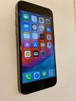 Factory unlocked iPhone 6 space grey for Sale in Stockton, CA