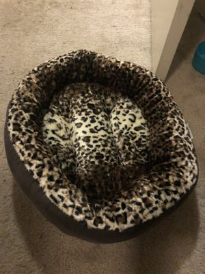 Cat bed for Sale in Silver Spring, MD