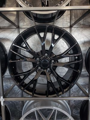 Corvette Z06 Rep wheels fits C6 and C7 base sting ray 18x8.5 +56 and 19x10 +79 for Sale, used for sale  Tempe, AZ