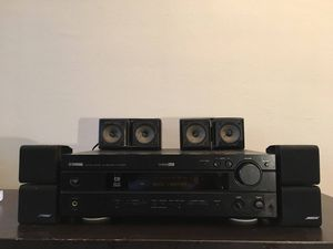 Yamaha amplifier with Bose speakers for Sale in Chicago, IL