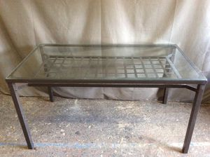 """Glass dining table 58""""W 30""""H 31""""D for Sale in Queens, NY"""