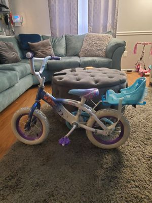 12 inch Frozen bike for Sale in Saint Charles, MD