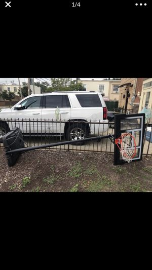 Basketball hoop for Sale in Brooklyn, NY