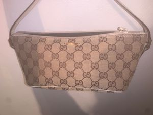AUTHENTIC GUCCI MINI HAND BAG for Sale in Portland, OR
