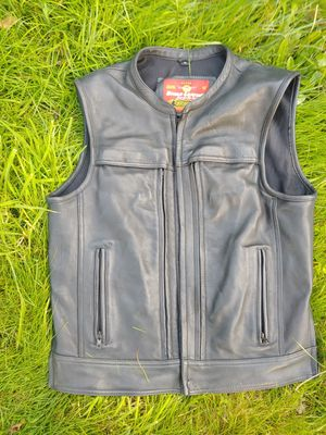 Eagle leather vest for Sale in Aberdeen, WA