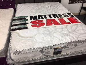 queen mattress with box for Sale in Los Angeles, CA