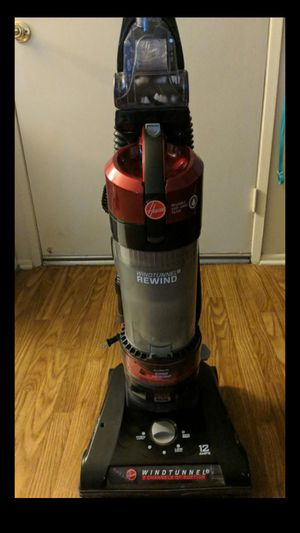 Hoover Wind Tunnel Rewind Vacuum for Sale in Azusa, CA