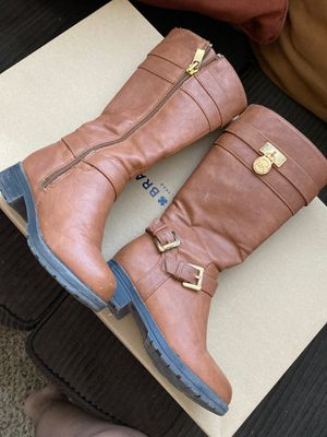 Michael Kors girls boots (kids) size 9 for Sale in Peoria, AZ