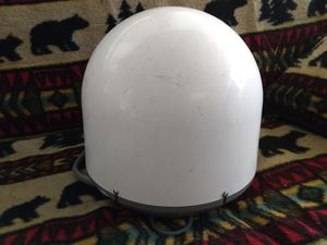 Winegard Carryout G2 portable satellite dish for Sale in Overgaard, AZ