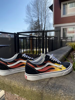 Men's size 10 Vans for Sale in Woodinville, WA
