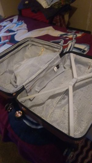 Suitcase for Sale in Tulsa, OK