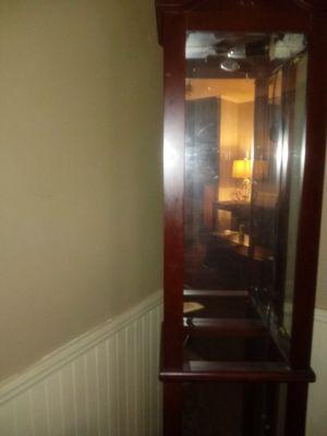 Curio cabinet for Sale in Franklinton, NC