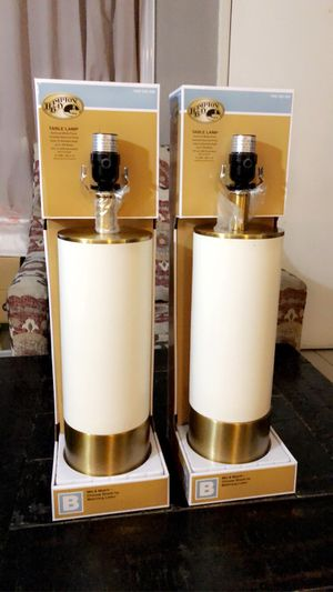 White and gold table lamps 🖤 for Sale in HAWAIIAN GARDENS, CA