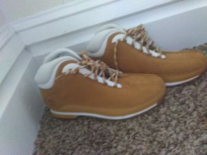 Timberland size 9.5 for Sale in Columbus, OH
