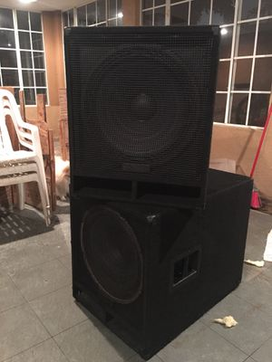2 Yamaha Dj Subwoofer Speakers for Sale in South Gate, CA