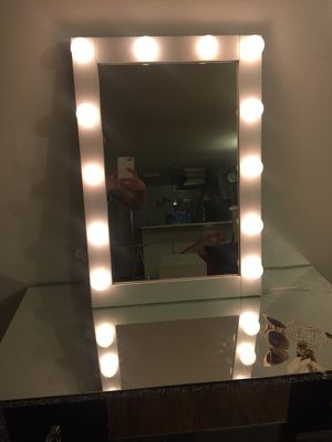 Vanity mirror !! $200 with pick up today!! FIRM for Sale in Queens, NY