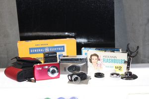 Vintage camera equipment bundle for Sale in Newport Beach, CA