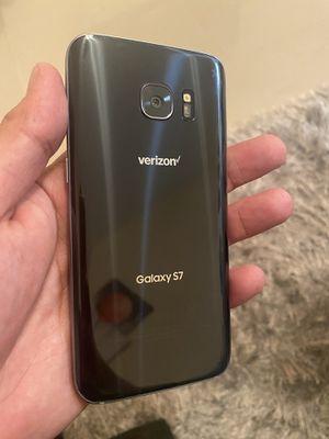 Samsung Galaxy S7 32Gb Unlocked Good Condition (Price is Firm) for Sale in Davie, FL