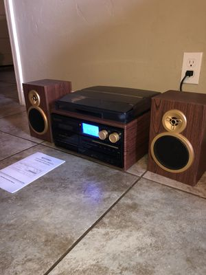 Compact All-in-One Stereo System for Sale in Fresno, CA