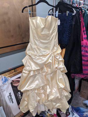 Belle Disney halloween costume for Sale in Tustin, CA