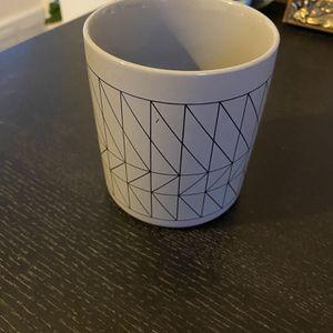 4 Inch Pot for Sale in Arlington, VA
