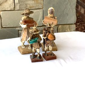 """4 Vintage Paper Mache Figurines Mexico 6"""" 7"""" for Sale in Choctaw, OK"""