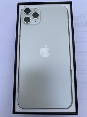 iPhone pro max for Sale in Riverside, CA