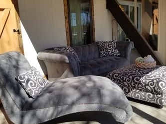 Ottoman, Extended chair, Couch for Sale in Brighton,  CO