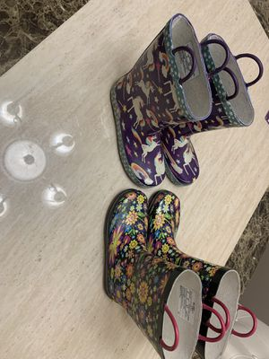 Size 2 & 3 Kids Rain Boots for Sale in Beaverton, OR