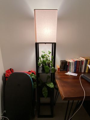 Floor Lamp with 3 Tiers & 3 Light Settings for Sale in Miami, FL