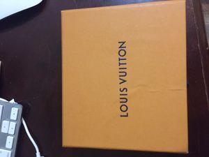 Louis Vuitton Monogram Billfold wallet for Sale in Woodbridge, VA
