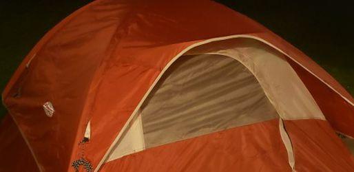3 Person Tent for Sale in Tacoma,  WA