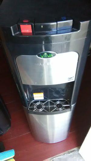 Viva water dispenser for Sale in Las Vegas, NV