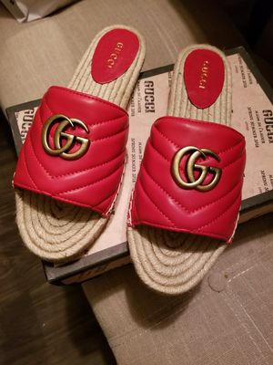 GUCCI SLIDES US 10 (41) for Sale in Houston, TX