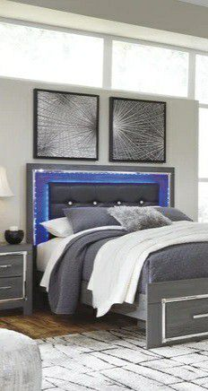 ON DISPLAY!!🍃Black Friday Sale‼️🆕Best Deal !! [SPECIAL] Lodanna Gray LED Storage Bedroom Set for Sale in Columbia, MD