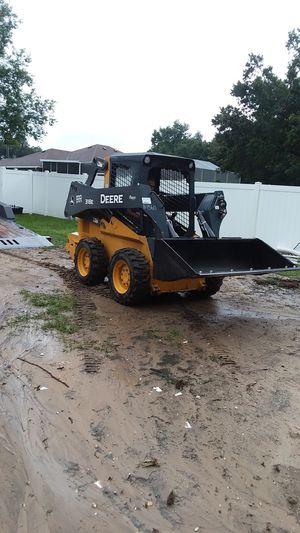 John Deer 318E SKID STEER for Sale in Thonotosassa, FL