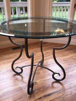 5 Piece Dining Table Set for Sale in Redmond,  WA