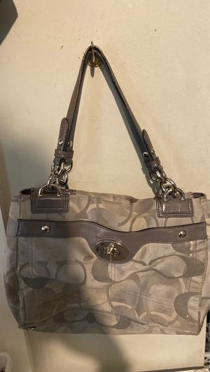 Coach purse for Sale in Granite City, IL