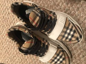 Real Burberry shoes for Sale in Cincinnati, OH
