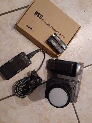 Sony Mavica MVC-FD91 0.8MP Digital Camera for Sale in Fort Lauderdale, FL