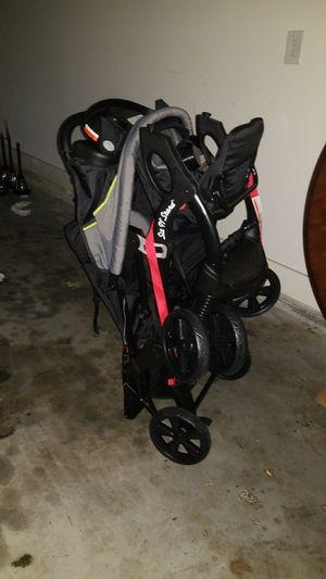Sit n stand twin stroller for Sale in Atlanta, GA